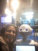 Robot de inteligencia artificial que fué presentado en el evento. Pude interactuar con él.  Tiene un modo más formal y otro más lúdico. Muy interesante experiencia.